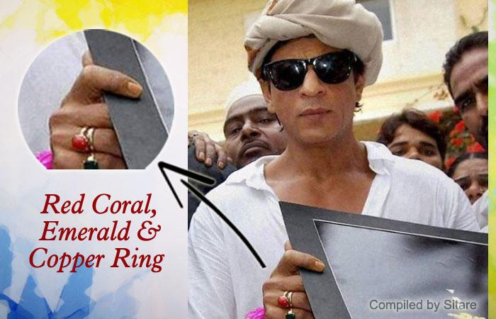 b74efc0089a89 Shahrukh Khan wearing Emerald Gemstone Ring